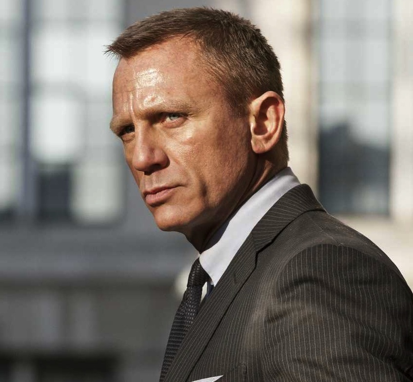 James Bond Suits 007 Bond